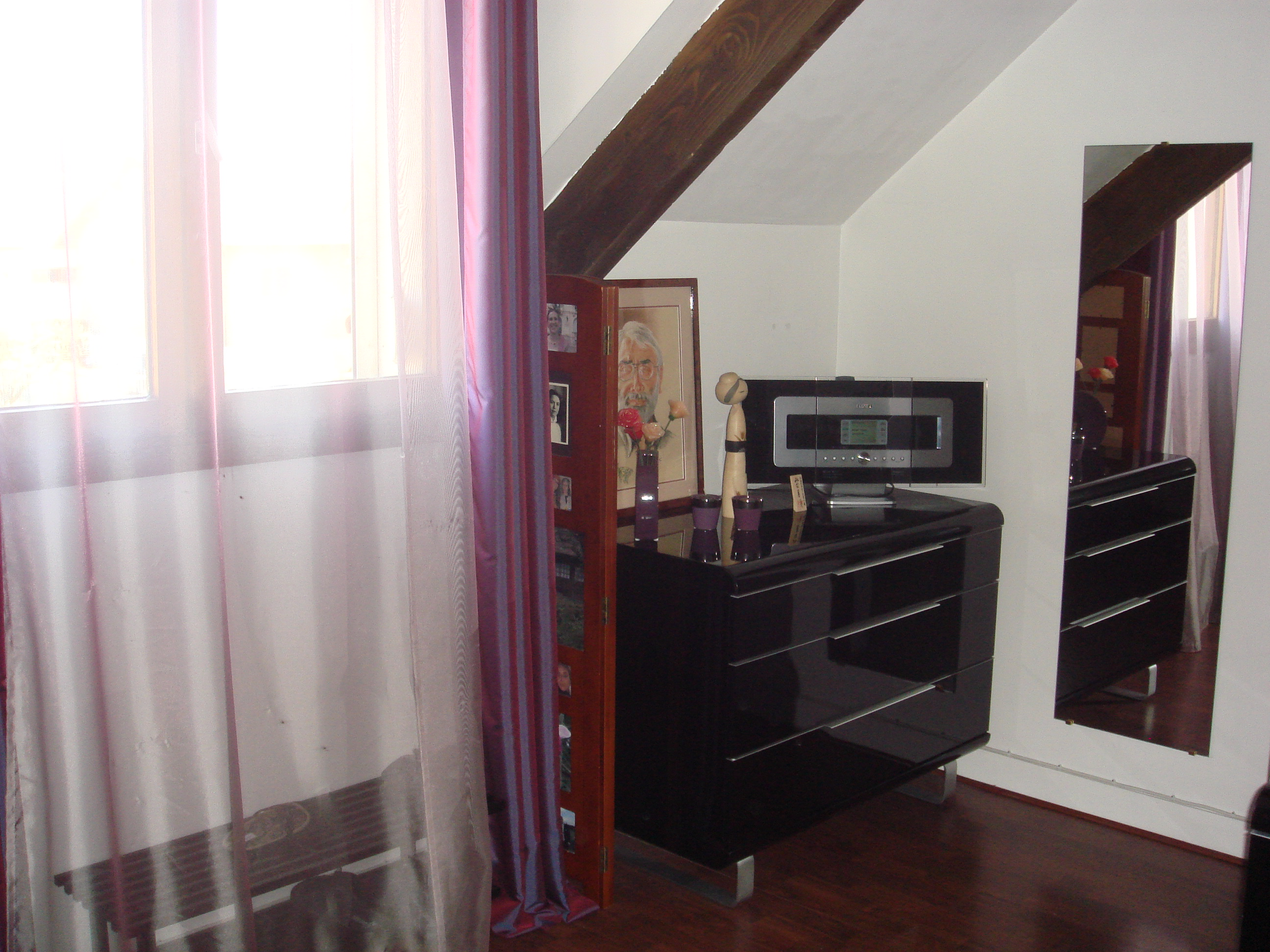 appartement triplex type maison de ville appartement triplex chilly mazarin. Black Bedroom Furniture Sets. Home Design Ideas